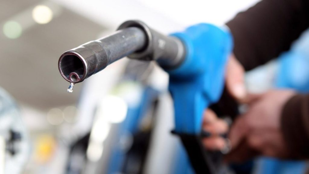 Fuel Leaks - If You Smell Gas This Could Be A Sign Of A Fuel Leak