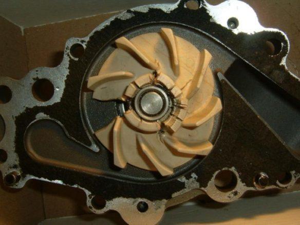 Water Pump - Push Coolant Through The Car's Engine Block